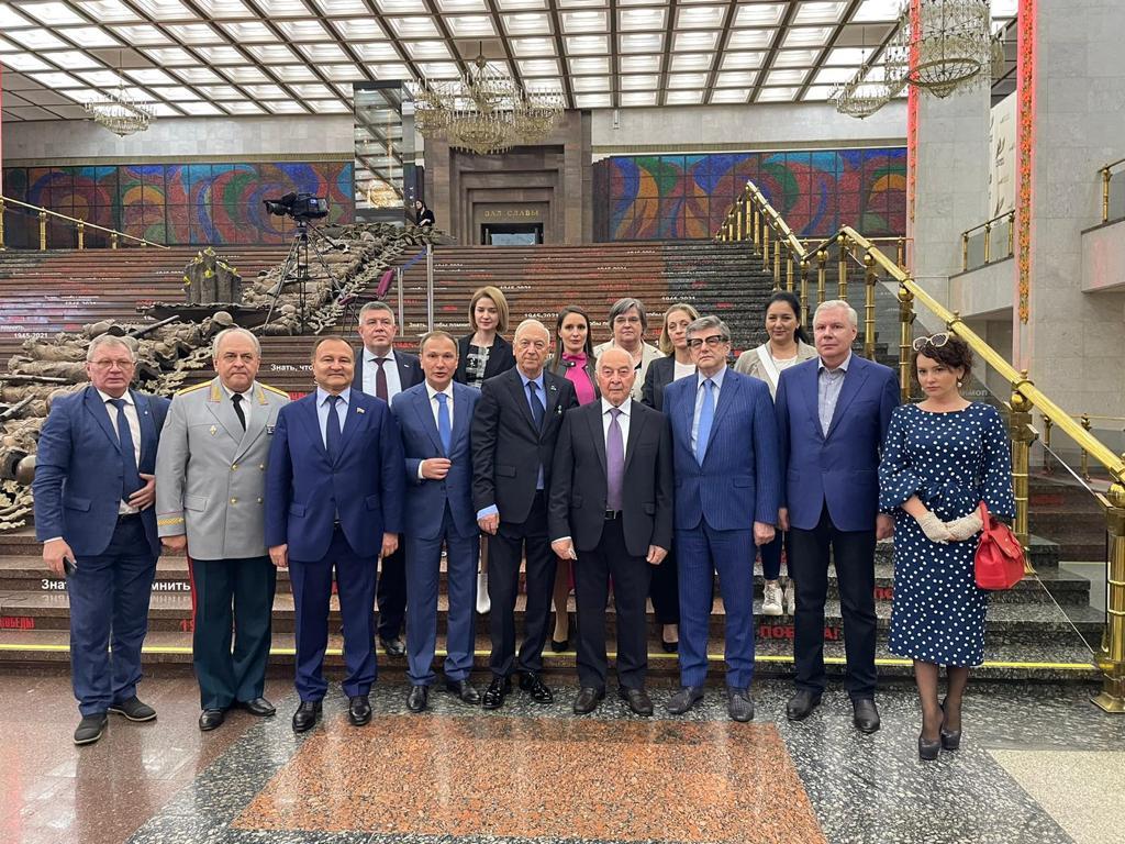 В московском Музее Победы открылась выставка о трагедии советских военнопленных в Мариборе