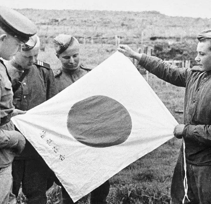 Лучший ответ на японский «суверенитет» над Курилами – праздник Победы над Японией